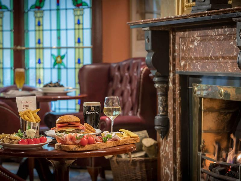 Granville Hotel | Waterford | Food in Thomas Francis Meagher Bar
